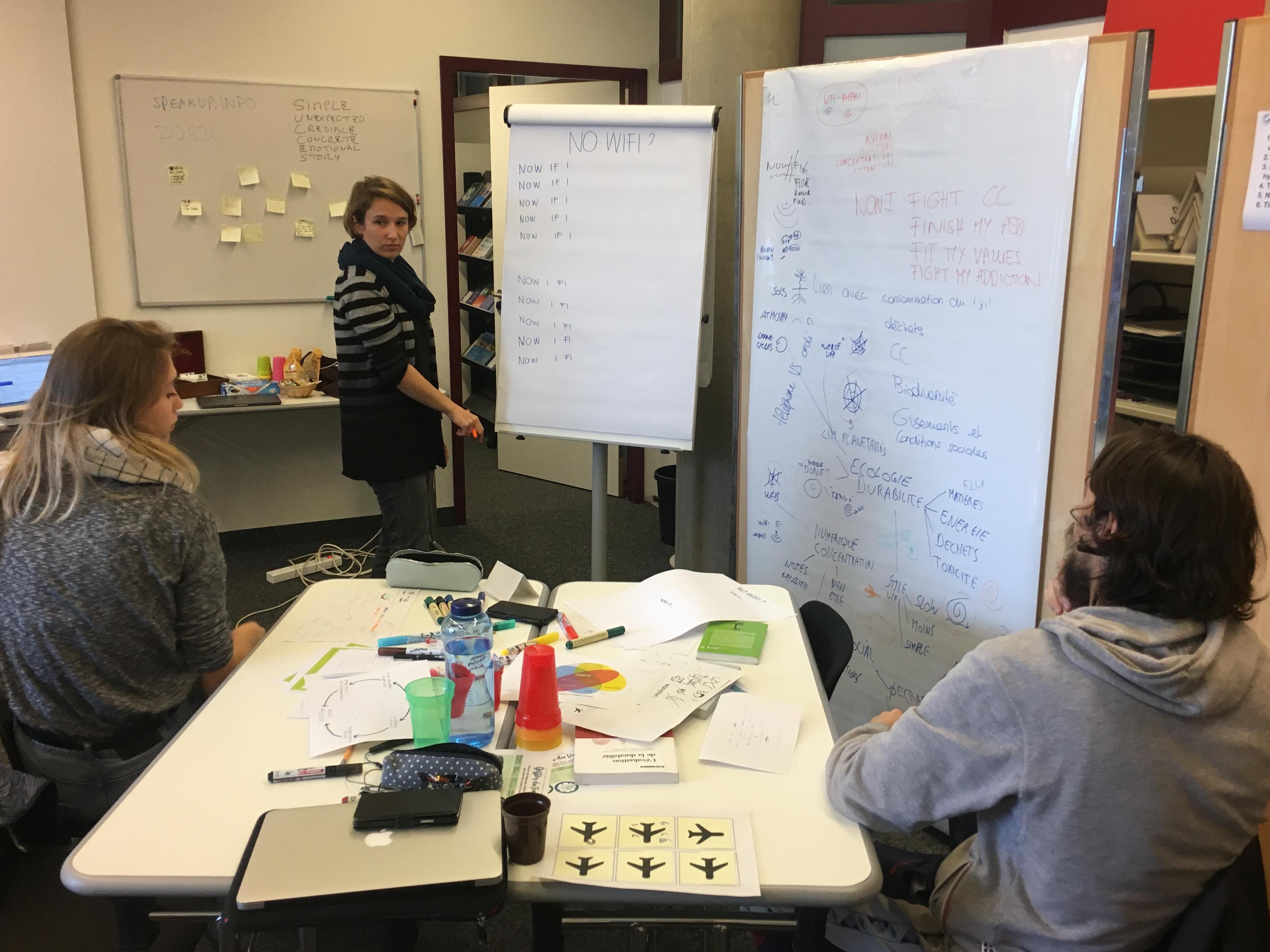 Deux étudiant·e·s de HEC Lausanne racontent leur expérience de l'Atelier Créatif Interdisciplinaire (Semaine 8)