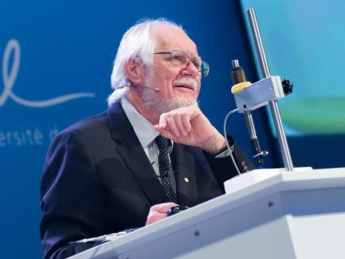 Treize articles scientifiques de Jacques Dubochet en accès libre
