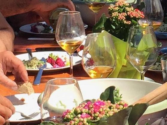 """Colloque FDi, Lettres: """"Autour de la table à travers le temps. Manger, boire et communiquer"""""""