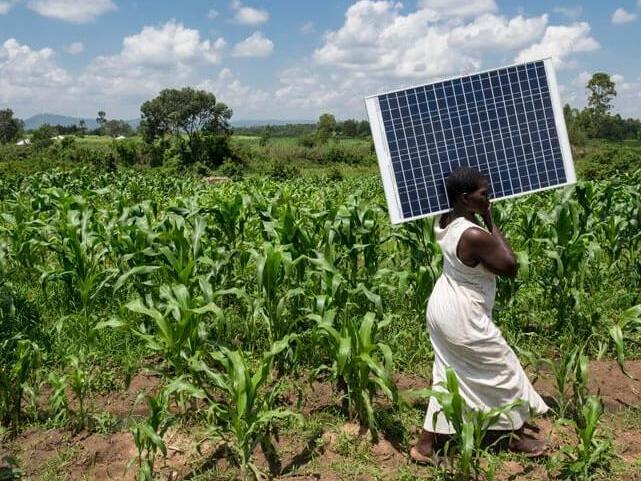 Innovations socio-symboliques et entrepreneuriat énergétique féminin au Sénégal: une analyse à partir des organisations féminines soutenues par l'ONG Energy 4 Impact dans la région de Tambacounda.