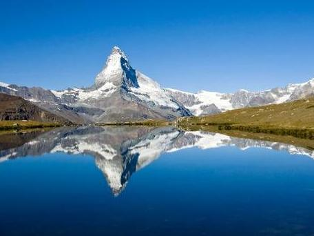 Quand les lacs alpins deviennent crémeux