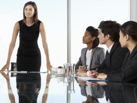 Finance, conseil : un univers impitoyable pour les jeunes femmes