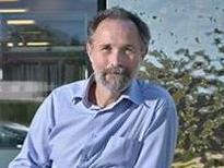 Pourquoi l'agressivité règne-t-elle sur la politique vaudoise? Interview de René Knüsel