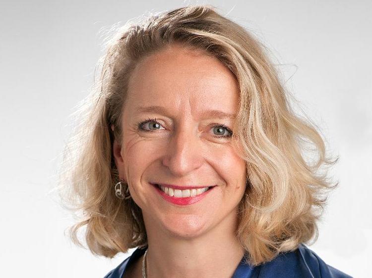 Béatrice Schaad nommée professeure titulaire à l'Institut des humanités en médecine