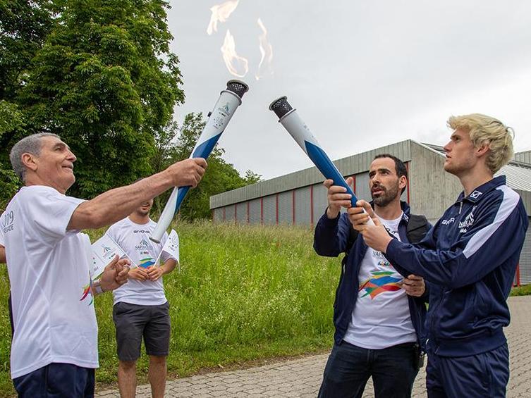 La flamme olympique universitaire à l'UNIL!