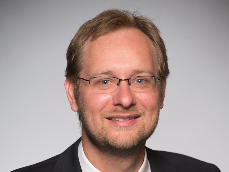 Politiques pour la paix: le Prof. Dominic Rohner nommé responsable d'un nouveau réseau de recherche dédié à la prévention des conflits au sein du CEPR