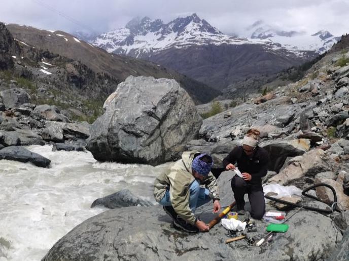La recherche sur l'érosion au glacier du Gorner avance